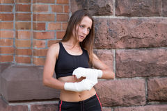 Serious female boxer Royalty Free Stock Photos