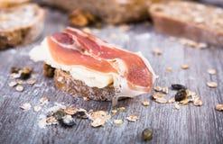 serowa karmowa baleronu wizerunku kanapka Zdjęcie Stock