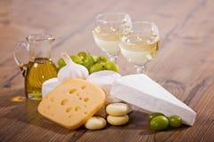 serowego składu biały wino Obrazy Royalty Free