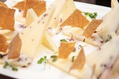 Serowego wieloskładnikowego tapa hiszpański jedzenie zdjęcia royalty free
