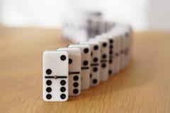 Serpent de dominos image stock