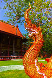 Serpente do conto de fadas na arte tailandesa tradicional Fotografia de Stock