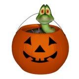 Serpente nella zucca della caramella di Halloween Fotografia Stock Libera da Diritti