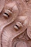 Serpentes de pedra cinzeladas Fotos de Stock