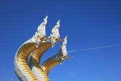 serpentes Três-dirigidas com cordas santamente Foto de Stock