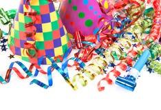 Εορτασμός γενεθλίων έννοιας - ένα καπέλο και serpentine Στοκ φωτογραφία με δικαίωμα ελεύθερης χρήσης