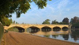 Serpentine Bridge Hyde Park London Arkivfoto