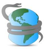 Serpiente y tierra 2013 del peligro Imágenes de archivo libres de regalías