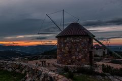 Serra da Atalhada wiatraczki, Penacova, Portugalia Zdjęcia Royalty Free