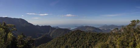 Serra estraga - Ubatuba - Brasil imagem de stock