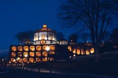 Serra hace el monasterio Pilar en Oporto foto de archivo