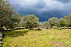 Serra Orrios Nuragic Village megalítica antigua en Cerdeña, Italia Foto de archivo