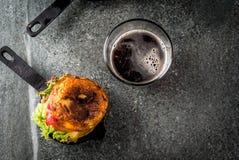 Serrano do ³ n de jamà do rellena de patatas da tortilha Fotos de Stock