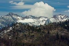 Serras elevadas vista Foto de Stock Royalty Free