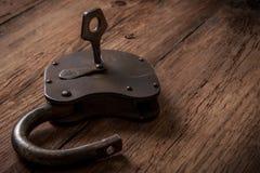 Serratura chiave ed arrugginita Fotografie Stock