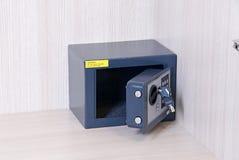 Serratura a chiave sicura, risparmio, pannello di controllo, sicurezza Immagine Stock
