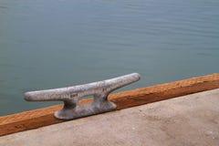 Serre-câble de dock Photographie stock
