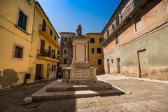 SERRE di RAPOLANO, TOSCANA, Italia - el pueblo antiguo Fotos de archivo libres de regalías
