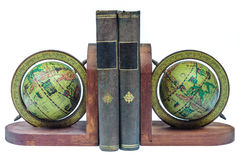Serre-livres avec les livres antiques d'isolement sur le blanc Photo libre de droits