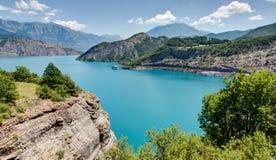 Serre-Poncon jezioro Alpes, Francja - Obraz Stock