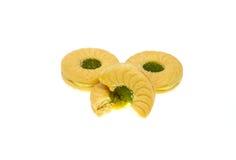 Serrez les biscuits avec la pomme de crème aromatisée par pomme et de kiwi Photo libre de droits