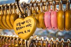 Serrure d'amour à la tour de Fukuoka Photos libres de droits