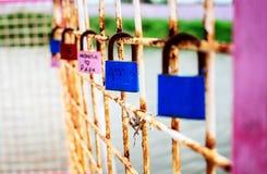 Serrure d'amour de couples Image libre de droits