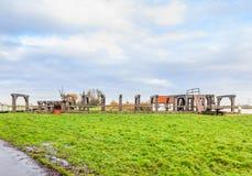 Serrure en bois historique au-dessus de la rivière Rotte dans Bleiswijk en Hollande-Méridionale Photo stock