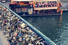 Serrures d'amour - Paris Photos libres de droits
