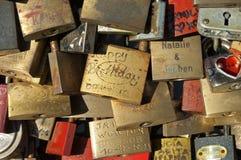 Serrures d'amour, pont de Hohenzollern, Cologne Photos libres de droits