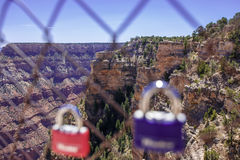 Serrures de l'amour et du Grand Canyon Photographie stock libre de droits