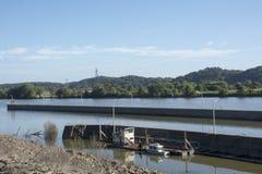 Serrures et barrage sur la rivière Ohio image stock