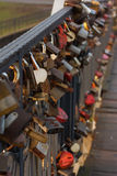 Serrures sur le pont Photo stock