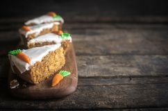 Served homemade carrot cake Stock Photos