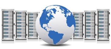 Server - nätverksserveror med jordklotet Arkivfoto
