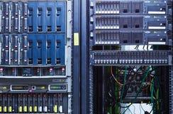 Server-Zahnstange stockfotografie