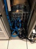 Serveren för bruk för LAN-kabel arkivfoton