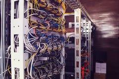 Serveror i serverrum Royaltyfri Fotografi