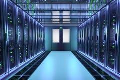 Serverrekken in de zaal van het gegevenscentrum Communicatie apparatuur Stock Foto's