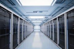 Serverruimte of servercomputers royalty-vrije stock foto's