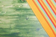 Servett i det övre högra hörnet på den gröna svart tavlan med sp Royaltyfri Fotografi