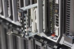Serveur de lame avec l'unité de disque dur Image stock
