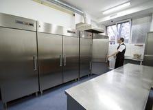 Serveur et réfrigérateurs Image stock