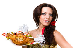 Serveurs portant des plats avec de la viande sur le fond blanc Photos stock