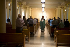 Serviço cristão da religião e da massa, deus da adoração fotografia de stock
