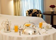 Serviço de sala do hotel Fotografia de Stock Royalty Free