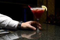Serviço do barman Foto de Stock Royalty Free