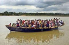 Serviço do ferryboat em Bengal-India ocidental Foto de Stock