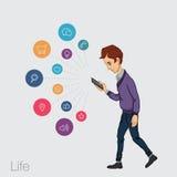 Serviços onlines no smartphone - entretenimento e negócio através das tecnologias da nuvem Imagens de Stock Royalty Free