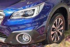 Servië; Belgrado; 2 april, 2017; Dichte omhooggaand van Subaru-binnenland Royalty-vrije Stock Foto
